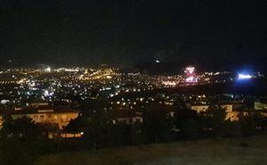 Los fuegos artificiales de Huétor Vega causan un pequeño incendio
