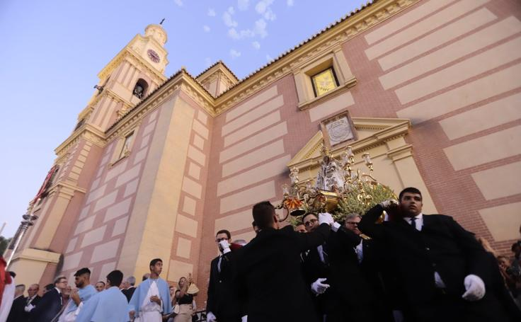 Así fue la procesión de la Virgen de la Cabeza en Motril