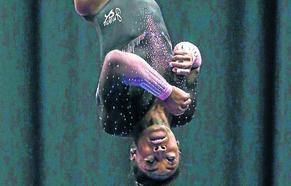 La tortuosa historia de Simone Biles, la gimnasta que ha revolucionado el deporte