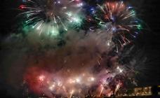 Motril despide sus fiestas con un espectáculo de fuegos artificiales