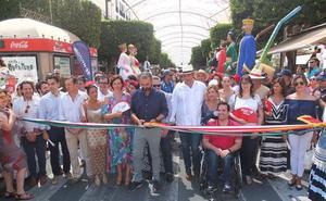 El centro se llena de alegría con la Feria del Mediodía