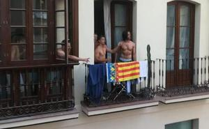 A ladrillazos en el centro de Málaga al grito de «¡Viva España, cabrones!»