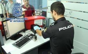 La Policía Nacional 'caza' en Almería a un fugitivo internacional acusado de sustraer menores