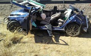 Las cuatro personas accidentadas en Iznalloz fueron rescatadas tras un laborioso rescate