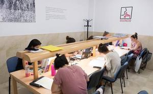 Estudiar en agosto, misión casi imposible en Granada
