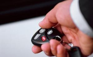 El gran peligro que entraña usar el mando del coche para abrirlo y cerrarlo