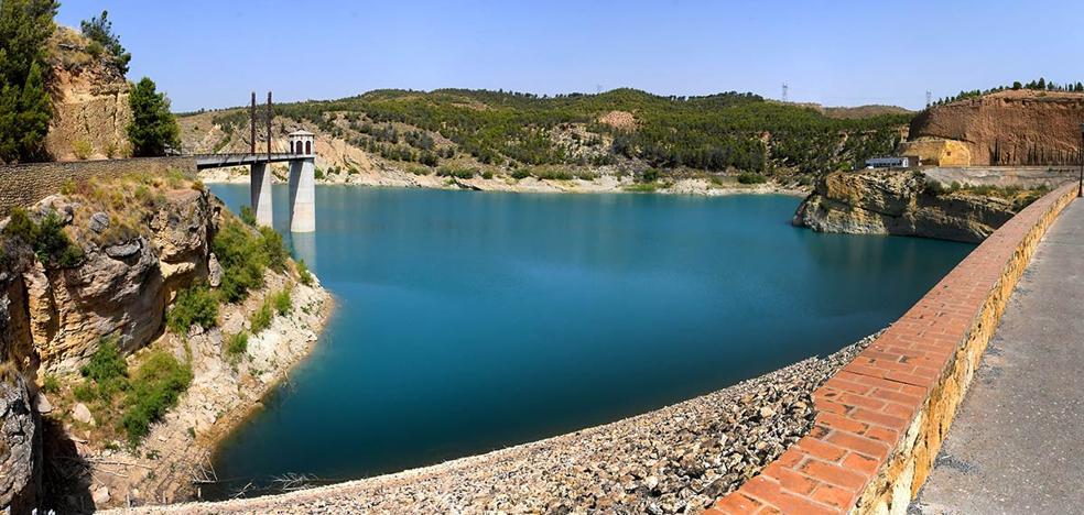 Agua para las 'malas tierras'