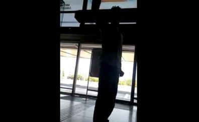 Un joven irrumpe al grito de «Alá es grande» en la Estación de AVE de Córdoba