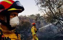 Susto por un nuevo incendio en la carretera de Puente de la Sierra