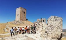 Arrancan las excavaciones del plan director del Castillo de Teba