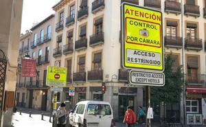 Granada estudia «restricciones severas» al tráfico para luchar contra la contaminación
