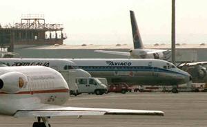 Atendidos 14 pasajeros en Barajas por las turbulencias de un avión