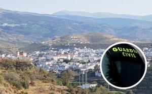 Suspenden siete días a un guardia civil de Granada porque se le escapó un detenido sin esposas