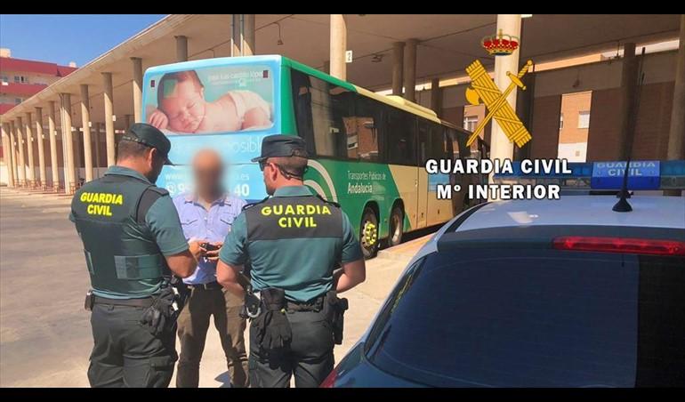 Dos detenidos en Almería por secuestrar dos días a un vecino de Jaén para obligarle a vender su coche