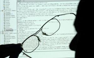 14 meses de cárcel en Granada por amedrentar al letrado de su exmujer por 'e-mail'
