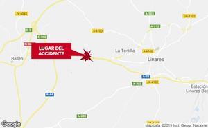 Muere un motorista al salirse de la carretera en la A-32 en Linares