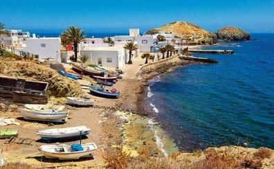 Cabo de Gata en Almería, un paraíso de sol y playa por descubrir