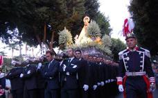 «¡Viva la patrona, la Virgen del Mar!»