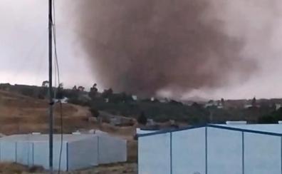 Varios tornados y lluvias fuertes sorprenden a Campillos