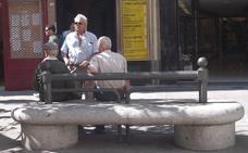 Los jubilados cobran de media 1.140 euros y el gasto en pensiones se dispara