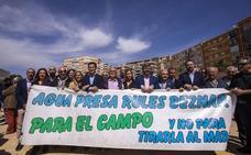 Los agricultores de la Costa harán 'vigilia' en la presa de Rules para reclamar las canalizaciones