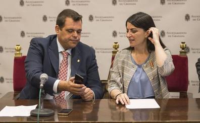 Vox presenta cinco quejas al Defensor del Pueblo Andaluz por el «desgobierno» en el Ayuntamiento