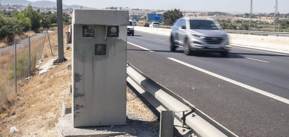 La alternativa de la DGT para seguir multando en el radar saboteado de la A-44 de Granada