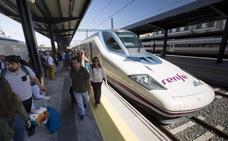 El Gobierno aprueba poner más trenes para viajar desde Granada a Córdoba, Sevilla y Málaga