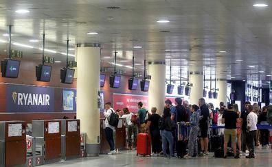 Ryanair cambia tripulaciones para frustrar la huelga