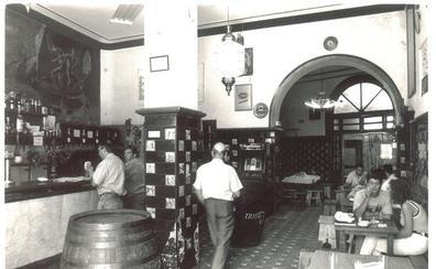 Bares clásicos que echan el cierre en Granada