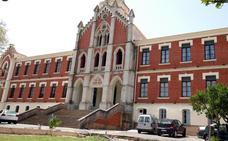 El Consistorio plantea dotar de accesibilidad al emblemático Hospital de los Marqueses