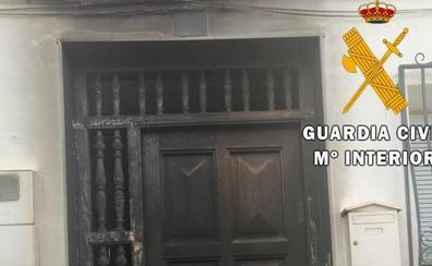 Detenido un joven por incendiar una vivienda con gente dentro en Purchena (Almería)