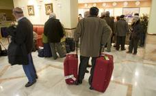 La patronal hotelera judicializa el conflicto por los viajes del Imserso