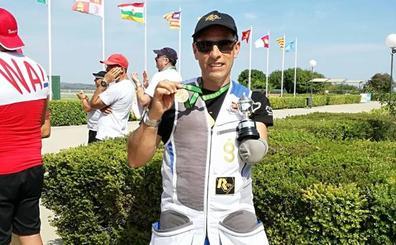 Melitón Briñas, nuevo campeón del mundo de la clase trap 5