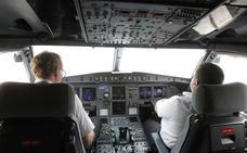 Un pasajero pilota un avión en el que viajaba para evitar que cancelen su vuelo a España