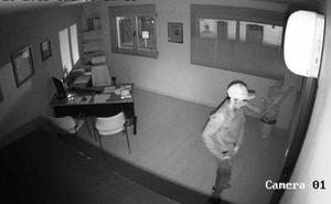 Graban a una empleada del hogar robando 9.000 euros pero queda absuelta por «invadir su intimidad»
