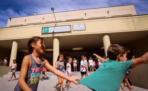 Más de 5.500 alumnos inician sus clases en Motril, en un comienzo de curso sin incidentes