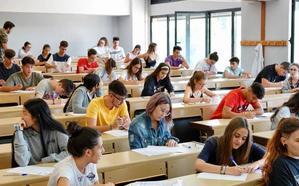 Más de 1.200 estudiantes granadinos hacen la selectividad en la convocatoria de septiembre