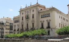 El Ayuntamiento justifica la subida del IBI por «responsabilidad» con la deuda heredada