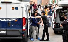 La acusada dice que la cogieron cuando iba a Vícar a quitarse la vida
