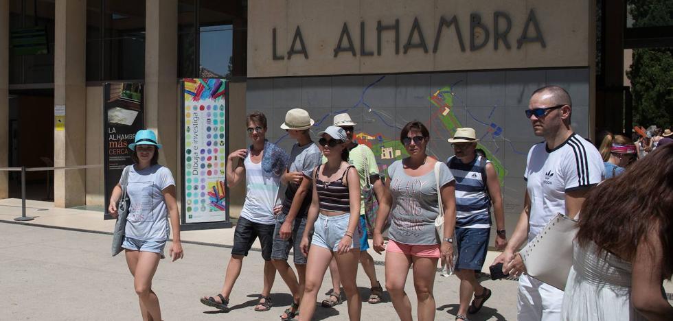 Un nuevo sistema de entradas de la Alhambra para evitar el «trapicheo»
