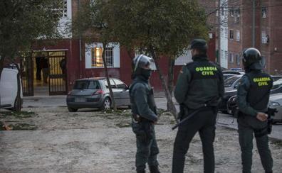 La Guardia Civil detiene a 18 personas reclamadas por la justicia en agosto