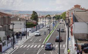 Maracena inaugura un nuevo acceso que permitirá el desarrollo comercial de la zona