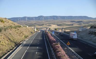 La A-44 perderá un carril en dirección Granada durante cinco días por las obras de la segunda circunvalación