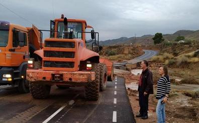 La tormenta deja cuatro carreteras cortadas en la provincia