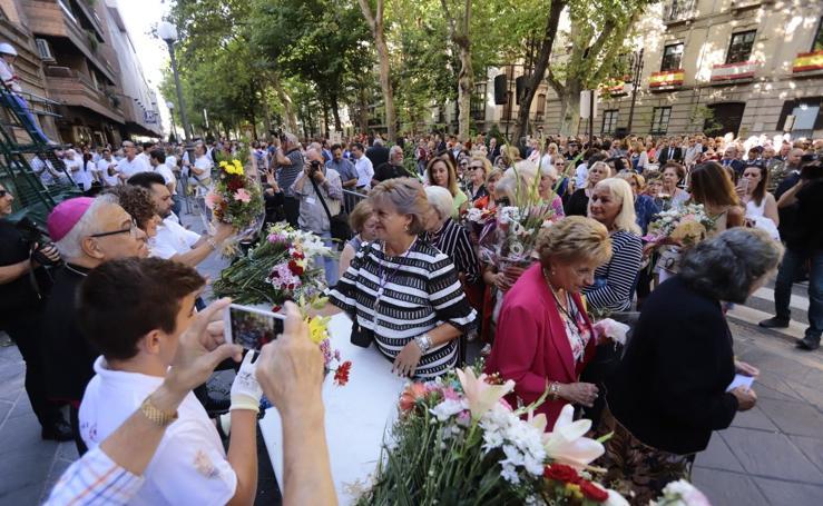 Las mejores imágenes de la ofrenda floral a la Patrona