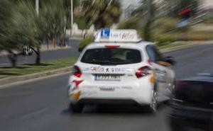 Las autoescuelas de Granada reciben con agrado los cambios en el examen de conducir