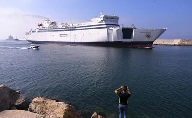 La OPE cierra con más viajeros para Motril, tras mejorar el barco a Melilla y ampliar rutas