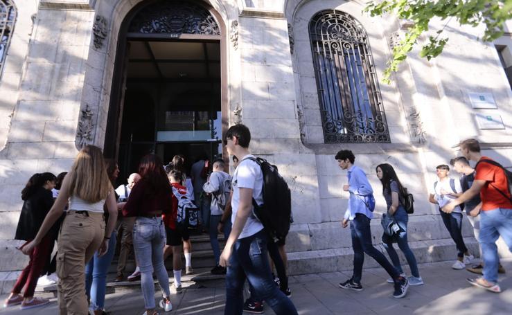 Así ha sido la vuelta al instituto en Granada