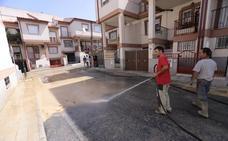 La Junta activa ayudas de emergencia mientras 34 pueblos de Granada se limpian el fango